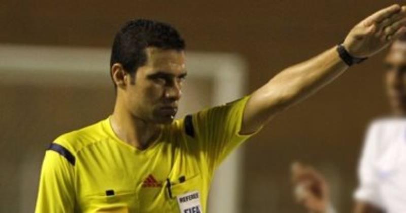 حكم مصري يضبط مواجهة النصر والجزيرة الإماراتي في البطولة العربية