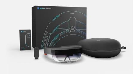 """نظارة الواقع الإفتراضي """"hololens"""""""
