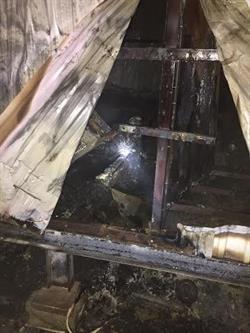 """مصرع 6 أشخاص وتفحم جثثهم في حريق بشركة """"المراعي"""" - صور"""