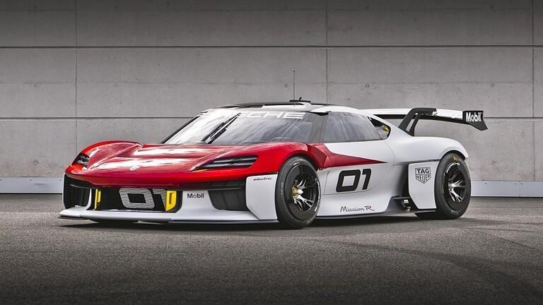 """صور..""""بورش"""" تزيح الستار عن نموذج اختباري من سيارة رالي كهربائية"""