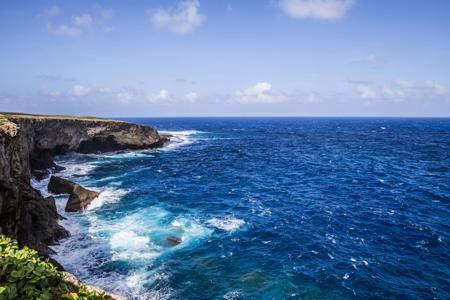 علماء يحذرون من كارثة قد تحل بالمحيطات