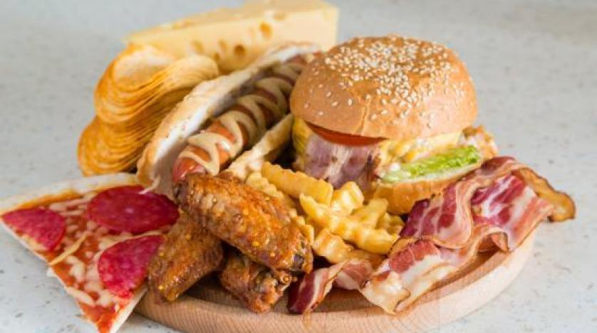 دراسة تحذر من نظام غذائي يسبب سرطان الثدي