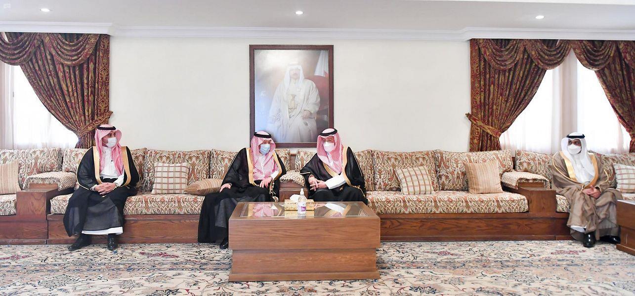 نائب وزير الخارجية يزور سفارة البحرين لتقديم العزاء في وفاة صاحب السمو الملكي الأمير خليفة بن سلمان آل خليفة رحمه الله