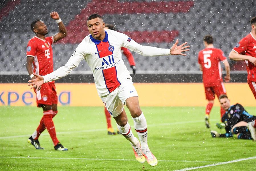 """""""باريس سان جيرمان"""" يُعزز فرص تأهله لنصف نهائي الأبطال بـ """"ثلاثية"""" أمام """"بايرن"""" (فيديو وصور)"""