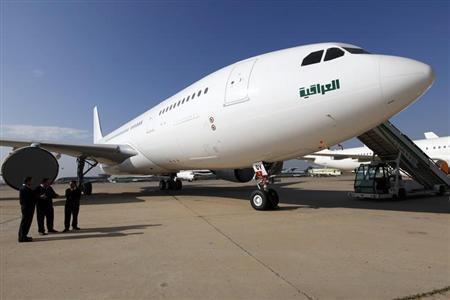 طائرة عراقية من طراز بوينج 777 في مطار بغداد