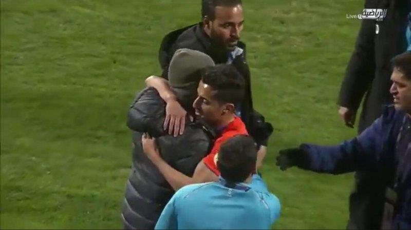 """""""القحطاني"""" لاعب """"الفيحاء"""" يعتذر لـ""""رازفان"""" مدرب """"الهلال"""""""