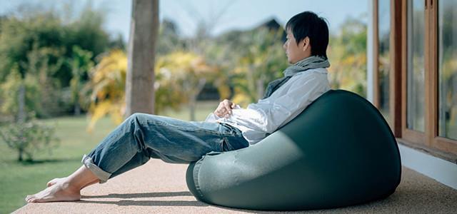 9- الاسترخاء يوم العطلة: ربما يحرمنا هذا التصرف من النوم ليلاً، ما يسبب الإرهاق والإفراط في تناول الطعام وحدوث خلل في ساعة الج