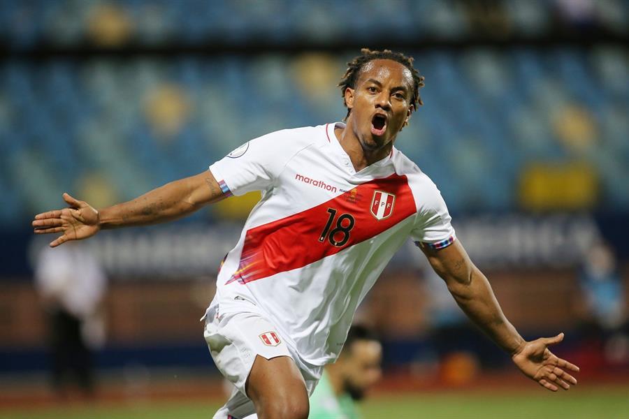 """""""كاريلو"""" يقود """"بيرو"""" للتعادل أمام """"الإكوادور"""" في كوبا أمريكا"""