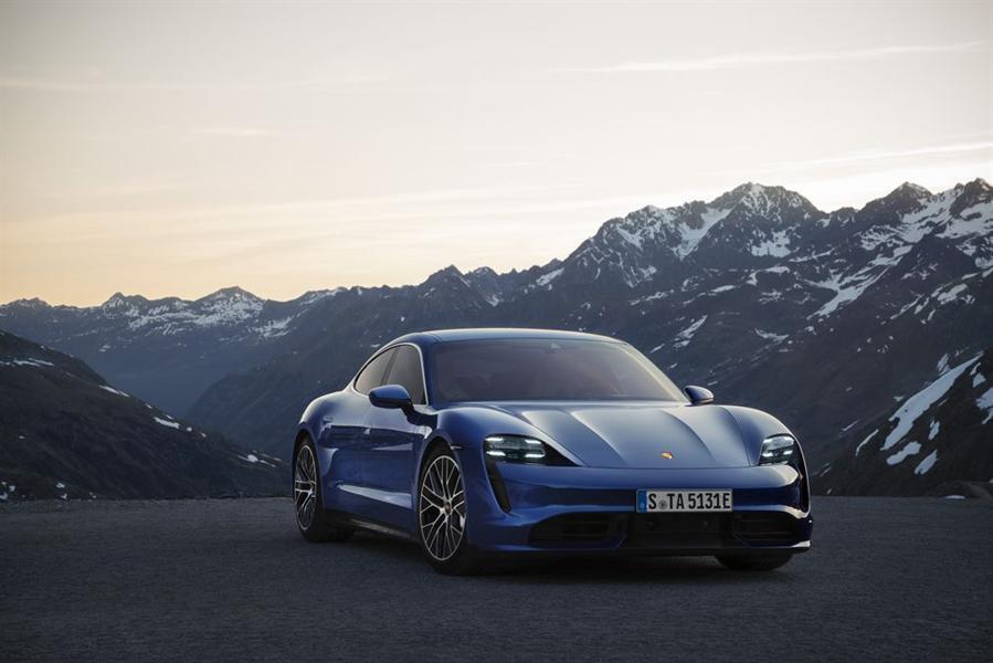 سياراتها الكهربائية 60e5d620-a5fa-4586-b95e-ec2b554a8b79.jpg