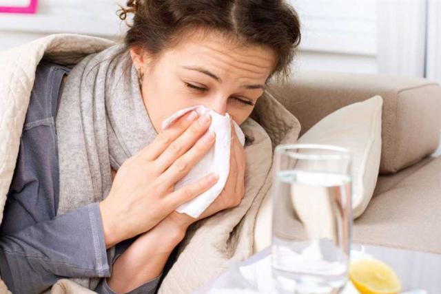 """نصائح مهمة لتجنب الإصابة بـ """"نزلات البرد"""""""