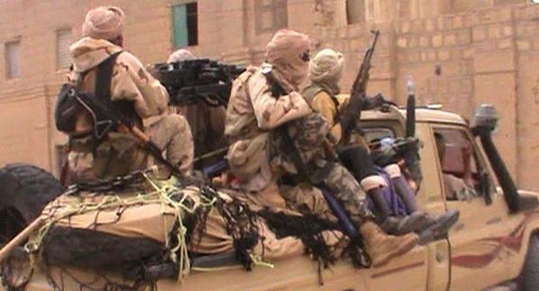 مسلحون يقتلون صحفيين فرنسيين بعد خطفهما في مالي