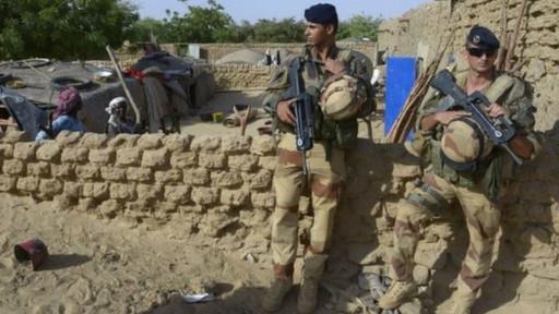 """فرنسا """"تنشر"""" 3000 جندي في منطقة الساحل في إفريقيا لمحاربة المتشددين"""