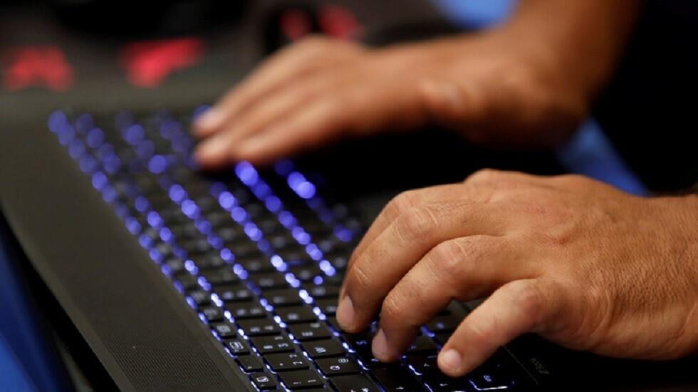 للمرة الثالثة خلال شهرين.. انقطاعات في مواقع إلكترونية لشركات كبرى