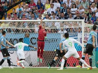 بعد أداء مميز من المنتخب السعودي.. الأوروغواي تفوز بهدف وحيد (فيديو)