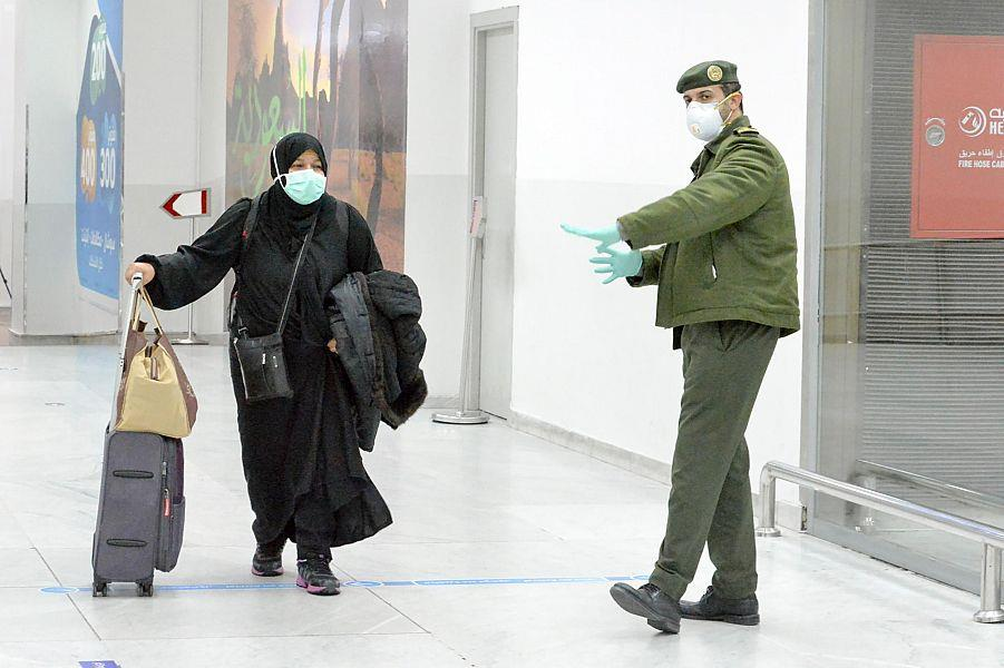 رحلتان من الخرطوم وتونس لعودة المواطنين تصلان إلى مطار الملك عبدالعزيز بجدة