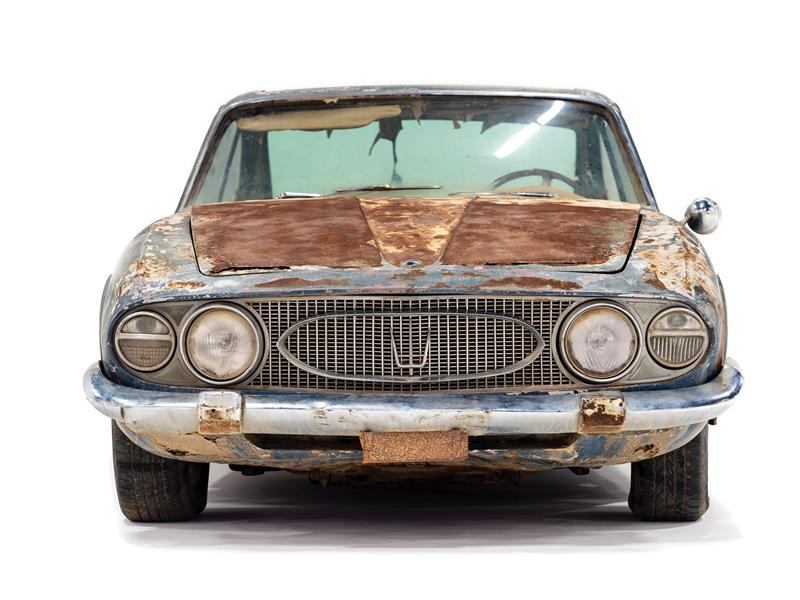 سيارة نادرة