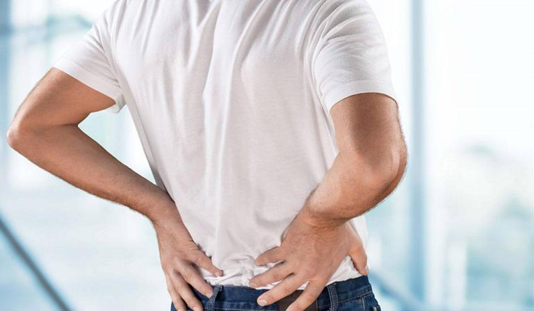 4 تمارين لتحسين وضعك والحماية من آلام الظهر!