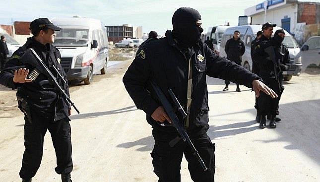 مقتل خمسة إرهابيين بينران قوات الأمن التونسي