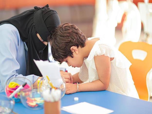"""""""التعليم"""" تعتمد الخطط الدراسية لذوي طيف التوّحد"""