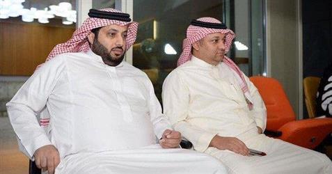آل الشيخ يتكفل بمدرب ولاعبين أجانب للحزم