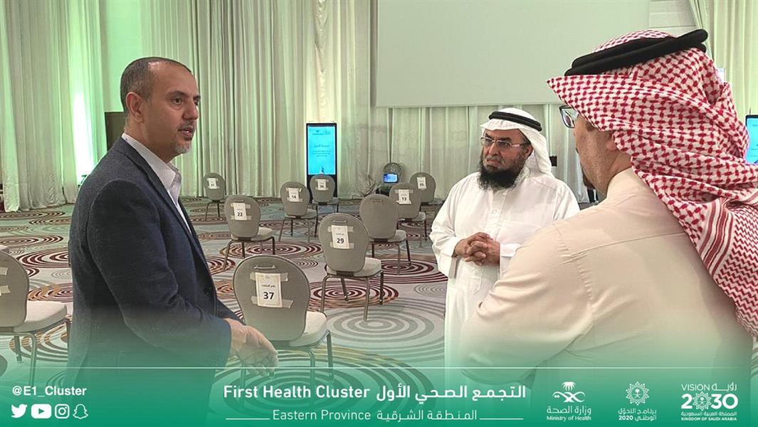 رئيس التجمع الصحي الأول في الشرقية يطمئن على الدفعة الأولى من نزلاء الاستضافة الصحية