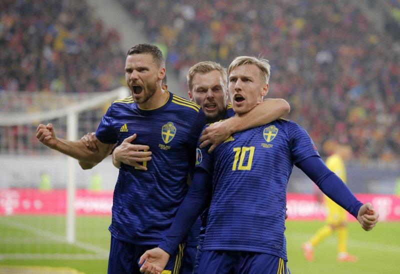 السويد تتأهل إلى يورو 2020