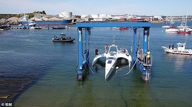 سفينة ذاتية التحكم قبطانها برنامج ذكاء اصطناعي!