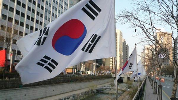 كوريا الجنوبية تحشد مقاتلاتها بعد دخول 19 طائرة صينية وروسية مجالها الجوي