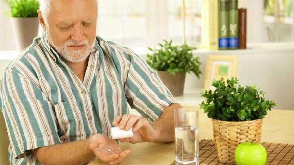 إذا كنت تتناول دواء خفض الكولسترول.. فانتبه