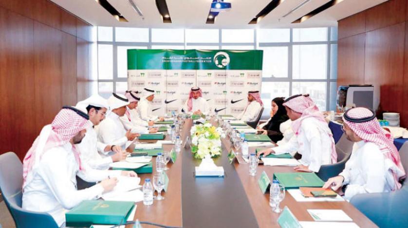 مصادر .. لا عودة للمربع الذهبي في الدوري السعودي ولا إلغاء للمسابقة