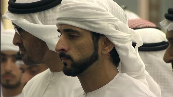 حمدان بن راشد في قصيدة مبكية يرثي شقيقه: ليت القبر يعرف مقام اللي دفنّا فـي ثراه