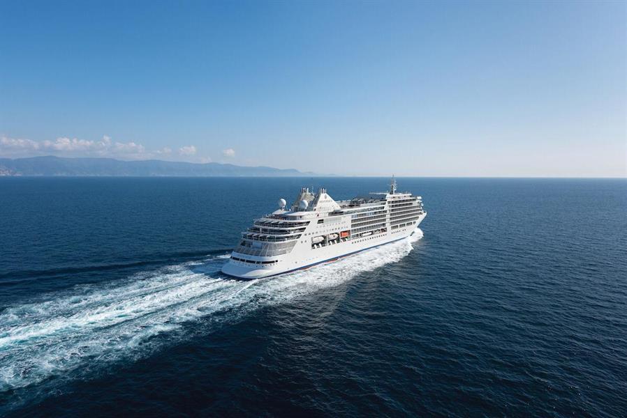 """لأول مرة بالمملكة.. إطلاق رحلات سفن """"الكروز"""" السياحية الفاخرة في البحر الأحمر"""