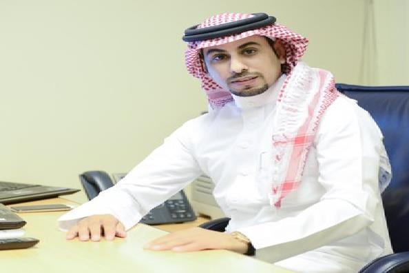 """كاتب نصراوي: الهلال في كل البطولات التي حضرت بها تقنية """"الفار"""" يخرج """"خالي الوفاض""""!"""