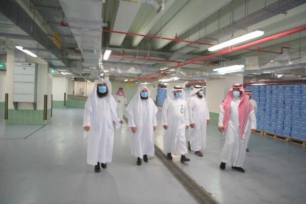 """السديس يدشن وحدة تبريد """"ماء زمزم"""" بوكالة المسجد النبوي"""