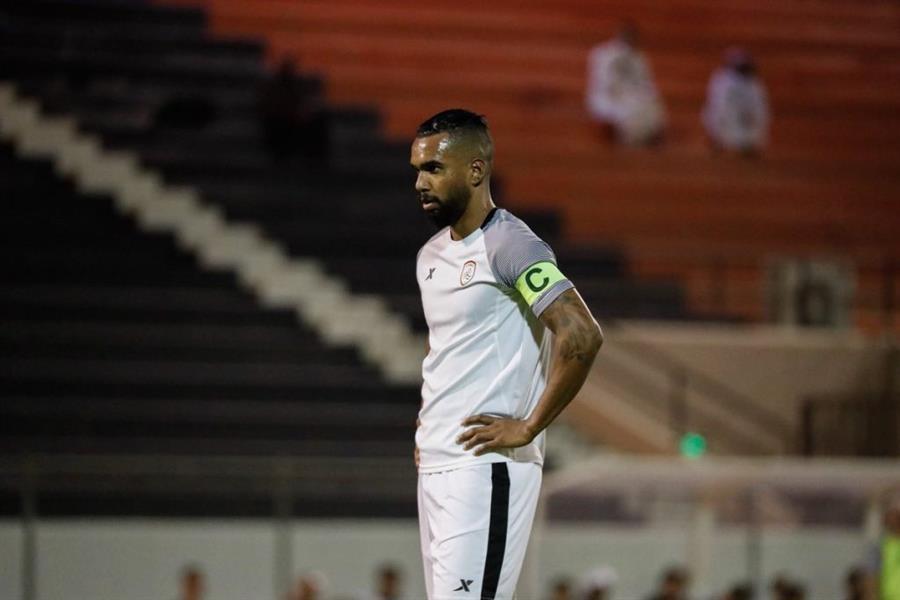 رسمياً.. لاعب الشباب ينتقل للدوري الإماراتي