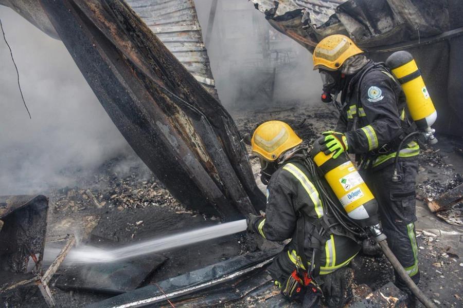 حريق يتسبب في أضرار جسيمة بمطعم في جدة