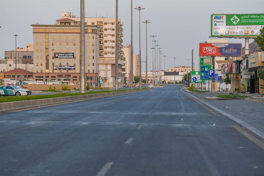 Jalanan kota madinah terlihat sepi 04