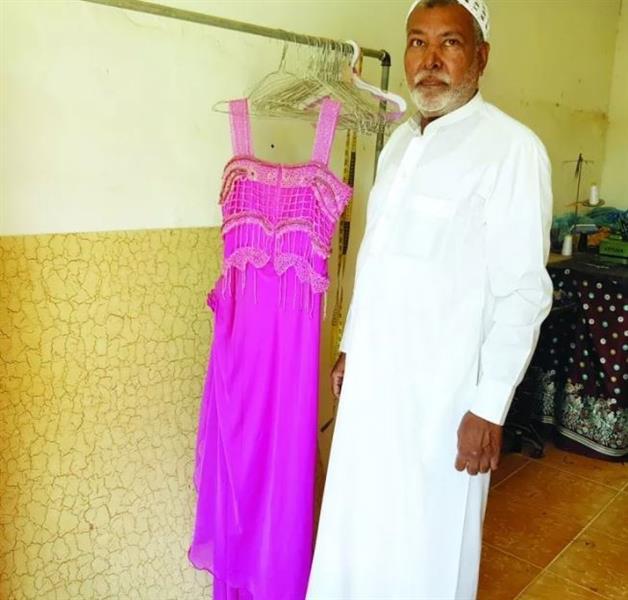 خياط يحتفظ بفستان عروس كويتية