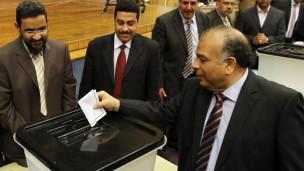 الكتاتني تولى رئاسة مجلس الشعب المصري قبل حلّه