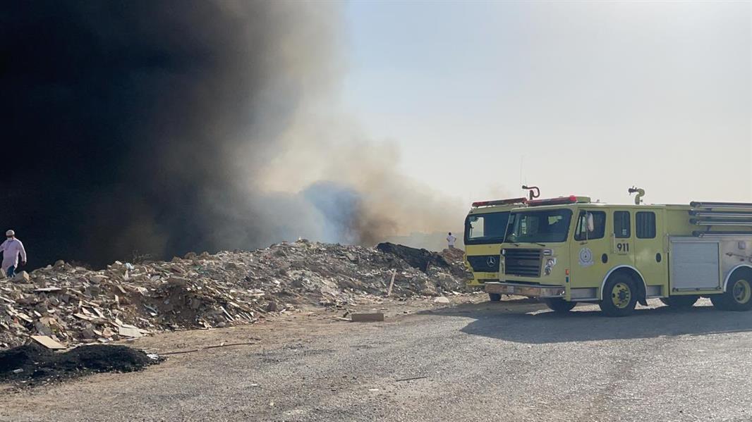حريق محدود في حشائش بأحد أودية الرياض