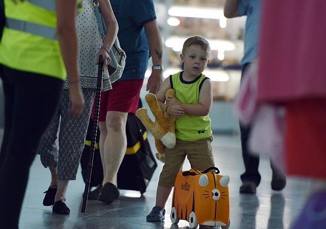الدنمارك تدعو سياحها إلى مغادرة تونس