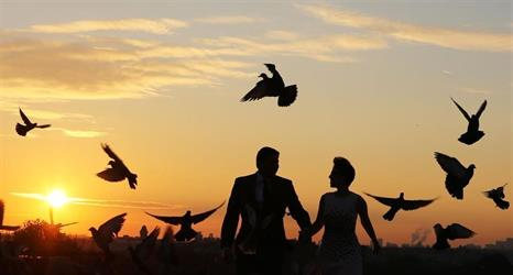 دراسة تكشف 7 أسباب للسمنة بعد الزواج