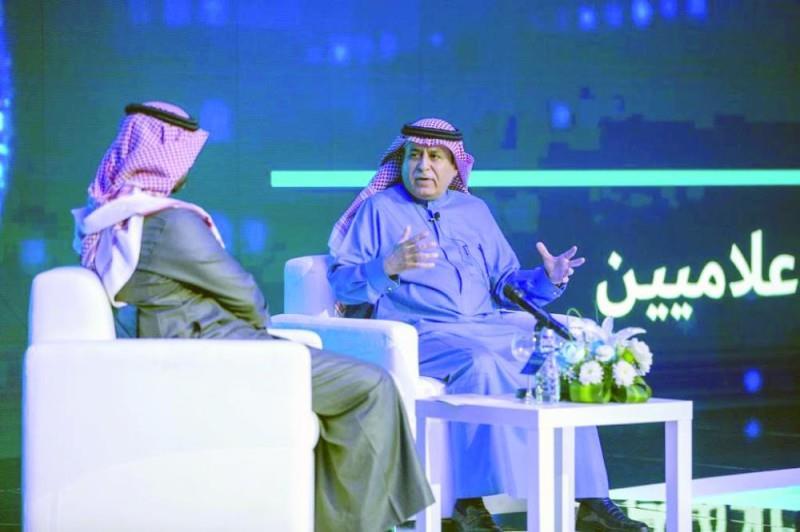 وزير الخدمة المدنية سليمان الحمدان