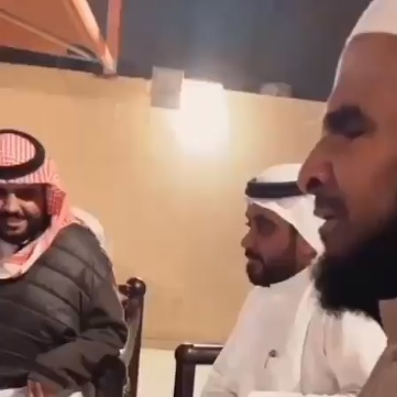 تركي آل الشيخ ينشر فيديو لأشخاص يؤدون أغنية العاصوف