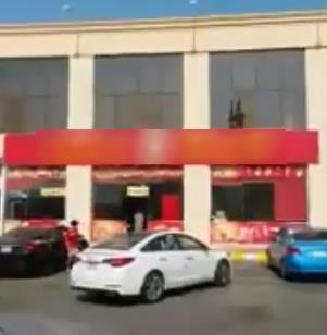 خالد الفيصل يوجه بإغلاق مطعم يستقبل المجاهرين بالإفطار ويأمر بالتحقيق مع مالكه والعاملين فيه