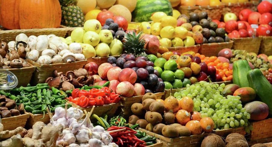 فوائد تناول الخضار والفاكهة بالقشر