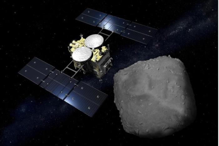 وصول عينة من كويكب إلى اليابان بعد رحلة فضائية دامت ست سنوات