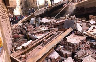 عاش 15 ساعة تحت الأنقاض .. تم العثور على طفل على قيد الحياة تحت الأنقاض المنهارة في مصر