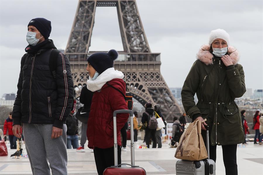 """صحيفة """"الصحة العالمية"""" تحذر من موجة جديدة من """"كورونا"""" في أوروبا .. وتوضح السبب"""