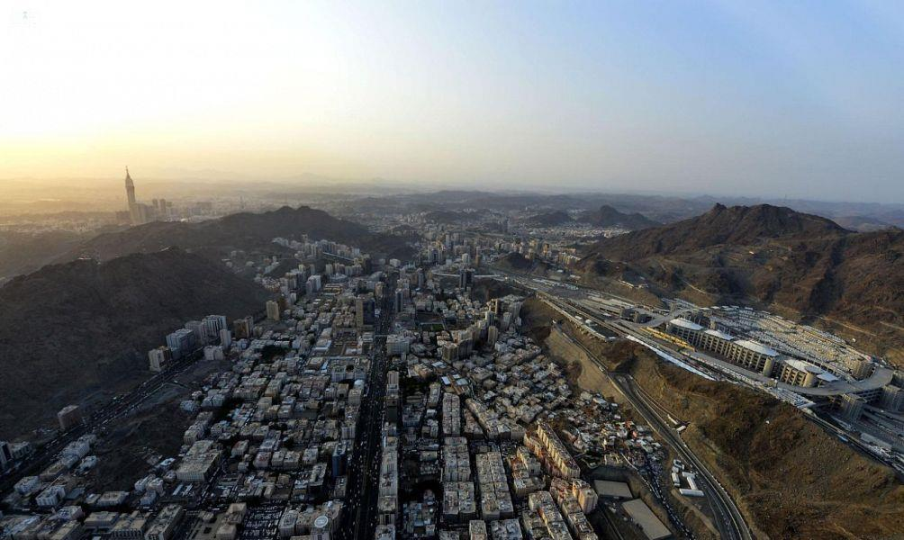 """""""المرور"""": تنفيذ جسر علوي بمنطقة شارع الحج بمكة وهذه هي الطرق البديلة"""